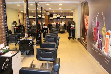 The Beauty lounge (Unisex Saloon)