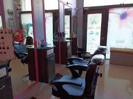 Lavanya Beauty Salon