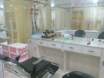 Beauty Parlours in trichy ( Shara Beauty Care & Sew in Style )