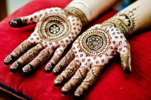 Shaadi Mehendi design for open hand