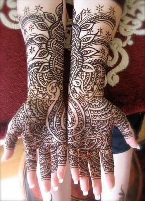 Beautiful Jordhani henna design