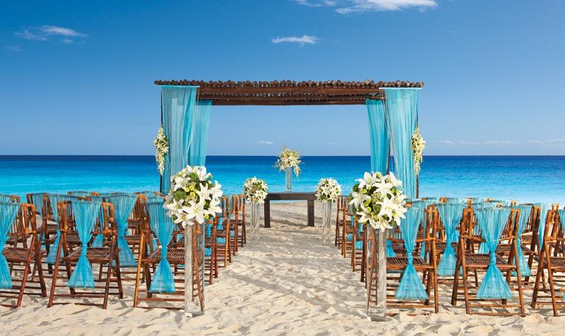 Beach-wedding-planners
