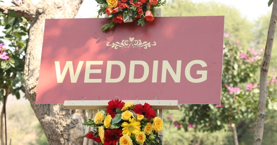 Reasons-to-hire-wedding-planner